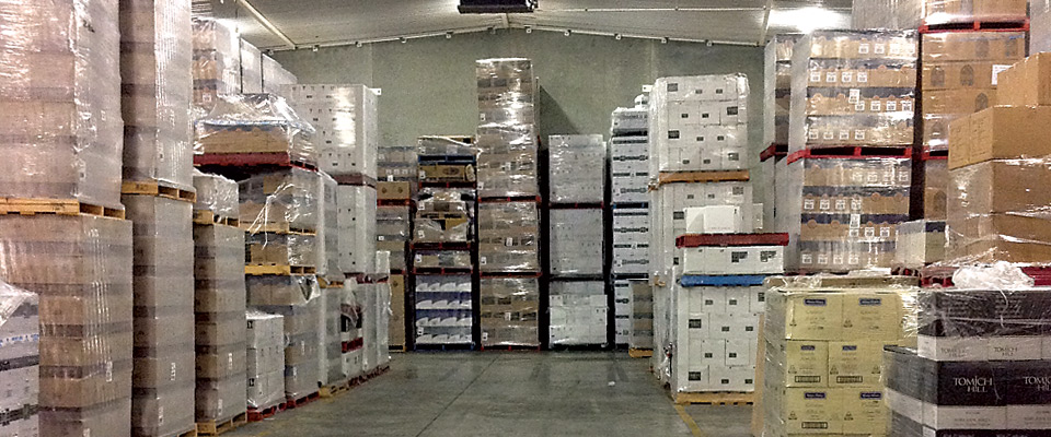 From large industry producers to private collectors, WineWorks Australia can provide a storage solution for you. In our secure monitored temperature controlled purpose built wine storage facility we can store anything from bottles and cartons to barrels and bins.